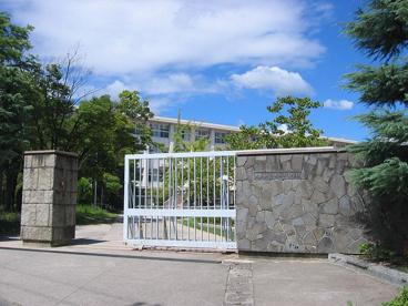 大阪府立池田高校の画像1