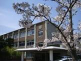 唐櫃中学校