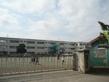 茅ヶ崎市立 鶴嶺小学校の画像1