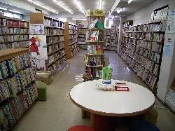 柏市立図書館新田原分館の画像1