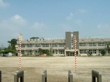 前橋市立 笂井小学校の画像1