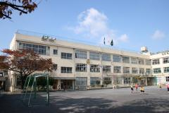 荒川区立 第二峡田小学校の画像1