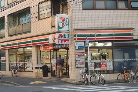 セブンイレブン「川崎神明町店」の画像