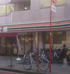 セブンイレブン高島平駅前店の画像1
