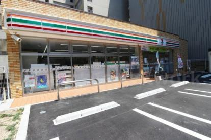 セブンイレブン南吹田3丁目店の画像1