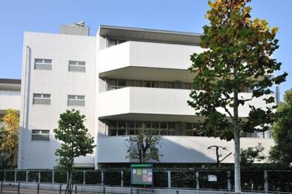 港区立 赤坂小学校の画像3