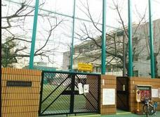 港区立 青山小学校の画像3