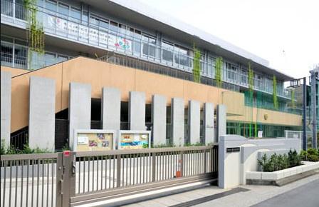 江東区立 豊洲小学校の画像