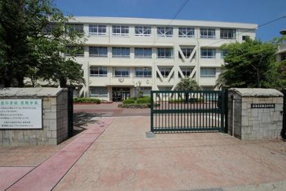 広島市立観音中学校の画像1