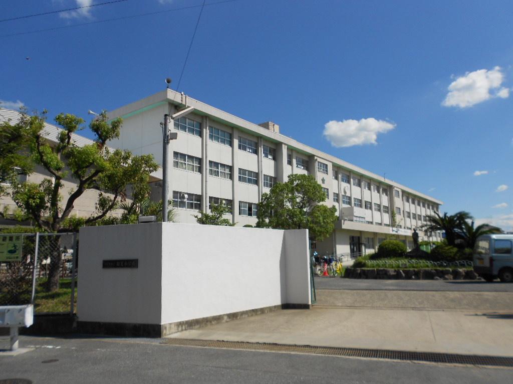 寝屋川市立 和光小学校の画像