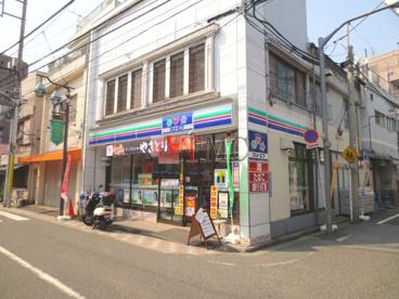 スリーエフ 東尾久3丁目店の画像4