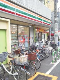 セブンイレブン 荒川尾竹橋店の画像4