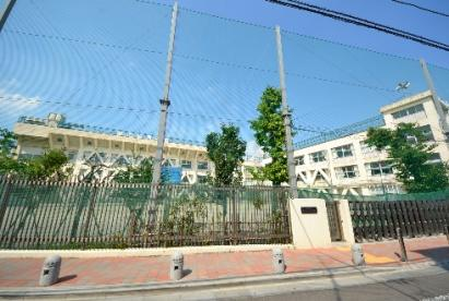 品川区立 旗台小学校の画像1