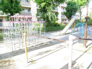 王子三丁目公園の画像2