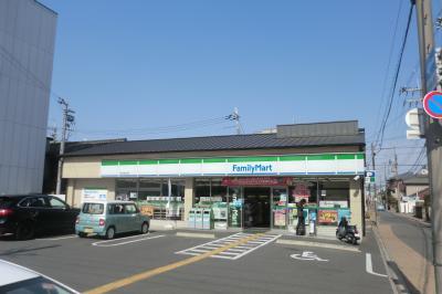 ファミリーマート西大路九条店の画像1