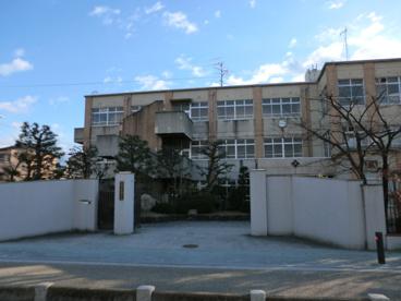 京都市立 唐橋小学校の画像1
