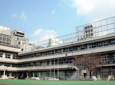 中央区立 京橋築地小学校の画像