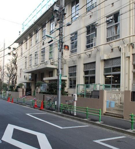 中央区立 阪本小学校の画像