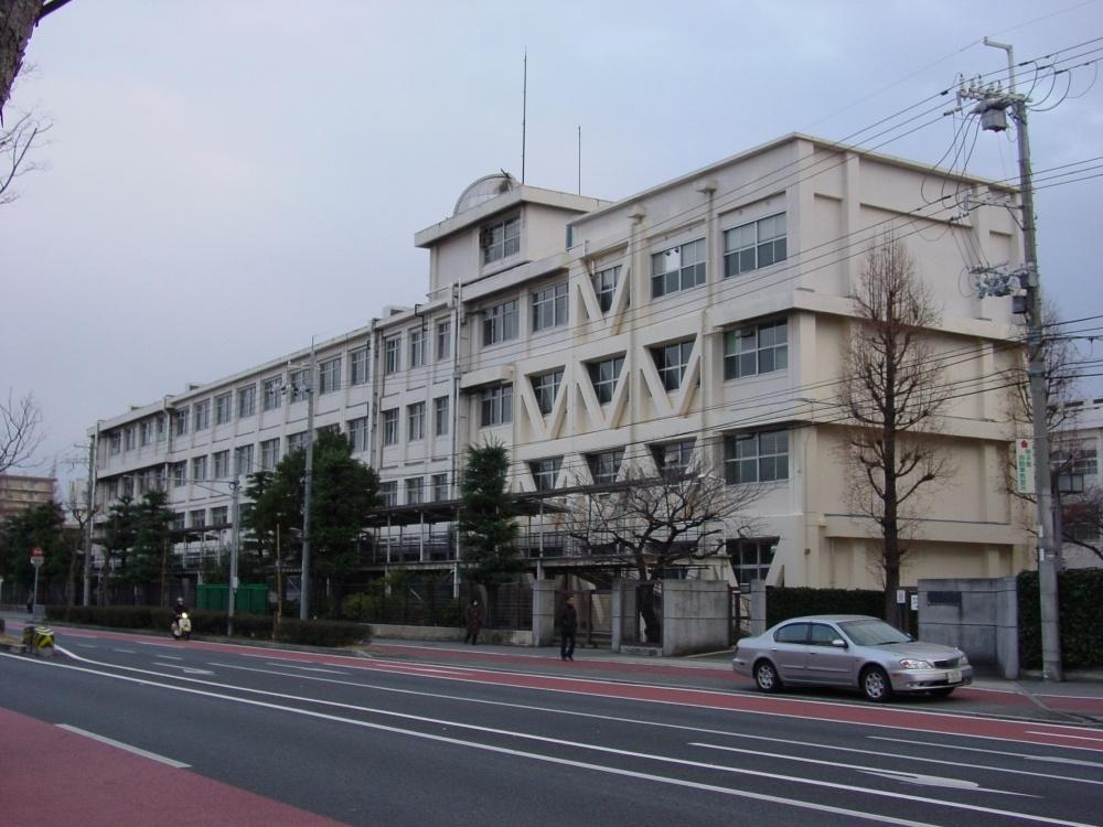 西宮市立西宮東高等学校の画像