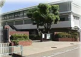 兵庫県立鳴尾高等学校の画像