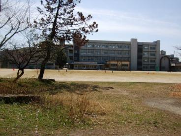 尼崎市立立花中学校の画像2