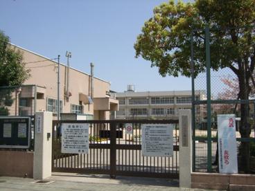 尼崎市立 長洲小学校の画像1