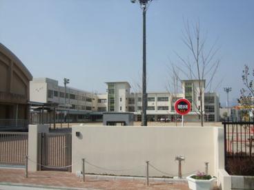 尼崎市立 立花小学校の画像1