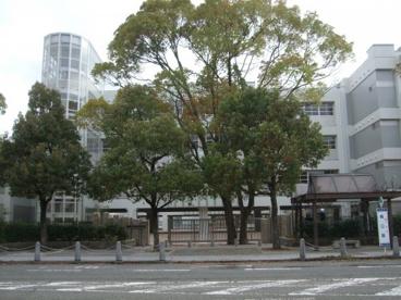 尼崎市立 難波の梅小学校の画像1