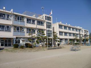 前橋市立 元総社小学校の画像1