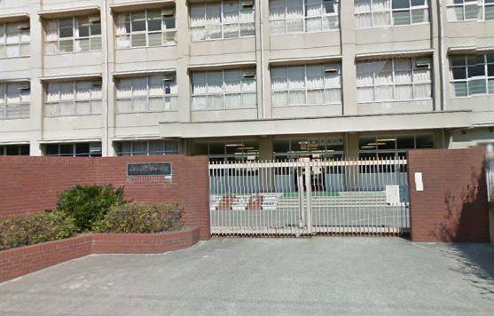 西宮市立深津中学校の画像