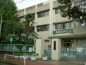 西宮市立鳴尾中学校の画像1