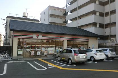 セブンイレブン唐橋川久保店の画像1