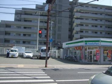 ファミリーマート塚口本町7の画像1