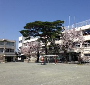 世田谷区立 玉川小学校の画像1