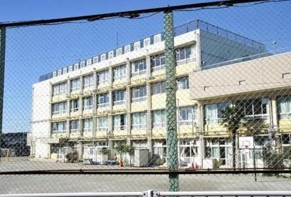 三鷹市立 羽沢小学校の画像1