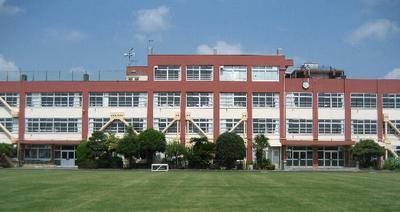 小金井市立 本町小学校の画像1