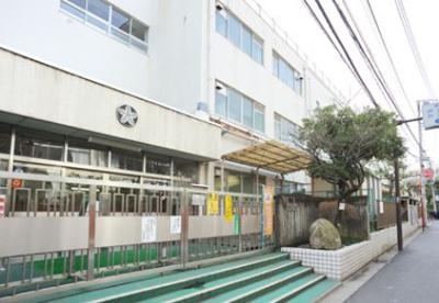 新宿区立 戸山小学校の画像1