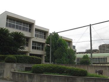 豊中市立 新田小学校の画像1