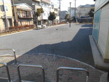 西神奈川3丁目公園の画像3