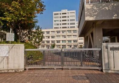 横浜市立 二谷小学校の画像1
