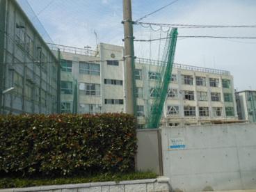 青稜高等学校の画像2