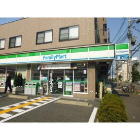 ファミリーマート大阪回生病院前店の画像1