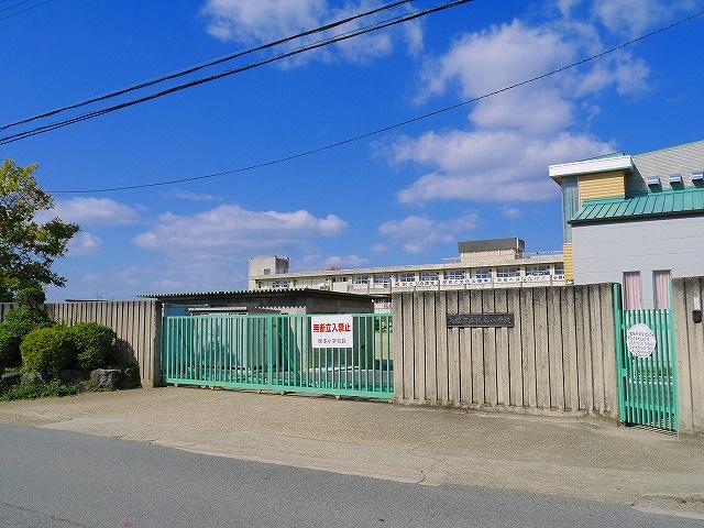 天理市立櫟本小学校の画像