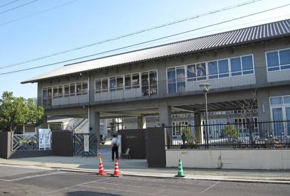 尼崎市立 大庄中学校の画像1