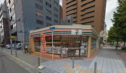 セブンイレブン大阪新町2丁目店の画像1