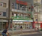 ファミリーマート四ツ橋駅前店