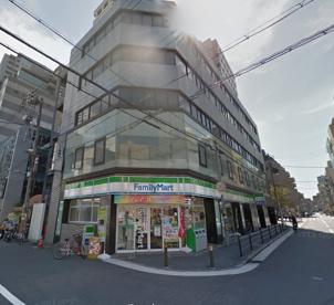 ファミリーマート北堀江一丁目店の画像1