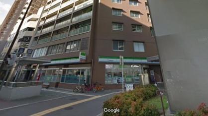 ファミリーマート阿波座駅前店の画像1
