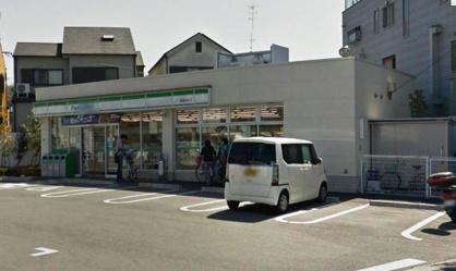 ファミリーマート箕面半町店の画像1