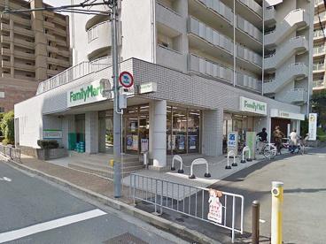 ファミリーマート山田西4丁目店の画像1